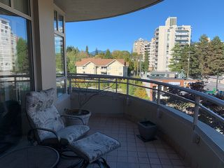 """Photo 9: 505 5700 LARCH Street in Vancouver: Kerrisdale Condo for sale in """"Elm Park Place"""" (Vancouver West)  : MLS®# R2517397"""