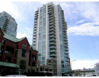 """Photo 1: 1403 120 MILROSS Ave in Vancouver: Mount Pleasant VE Condo for sale in """"THE BRIGHTON"""" (Vancouver East)  : MLS®# V645464"""