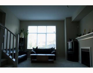 "Photo 2: 89 7288 HEATHER Street in Richmond: McLennan North Townhouse for sale in ""BARRINGTON WALK"" : MLS®# V650209"