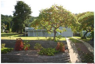 Photo 12: 3517 Eagle Bay Road in Eagle Bay: Waterfront Residential Detached for sale : MLS®# 10043461