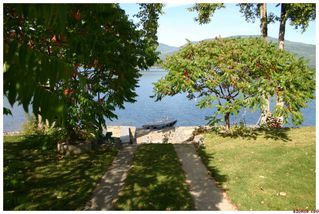 Photo 18: 3517 Eagle Bay Road in Eagle Bay: Waterfront Residential Detached for sale : MLS®# 10043461