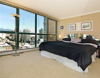 "Photo 5: 1905 212 DAVIE Street in Vancouver: Downtown VW Condo for sale in ""PARKVIEW GARDENS"" (Vancouver West)  : MLS®# V666311"