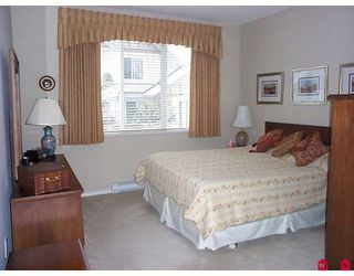 """Photo 7: 46 15868 85TH Avenue in Surrey: Fleetwood Tynehead Townhouse for sale in """"CHESTNUT GROVE"""" : MLS®# F2803206"""