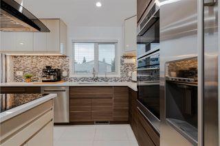 Photo 2: 3507 18A Avenue in Edmonton: Zone 29 House for sale : MLS®# E4168490