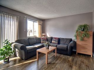 Photo 3: 71 3221 119 Street in Edmonton: Zone 16 Townhouse for sale : MLS®# E4169074