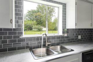 Photo 5: 25813 96 Avenue in Maple Ridge: Thornhill MR House for sale : MLS®# R2397943