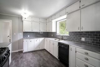 Photo 2: 25813 96 Avenue in Maple Ridge: Thornhill MR House for sale : MLS®# R2397943