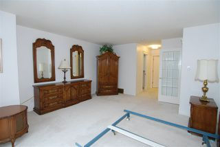 Photo 19: 24 500 LESSARD Drive in Edmonton: Zone 20 Townhouse for sale : MLS®# E4170355