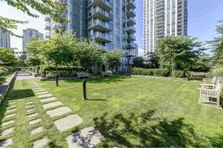Photo 14: 2103 3008 GLEN Drive in Coquitlam: North Coquitlam Condo for sale : MLS®# R2404223
