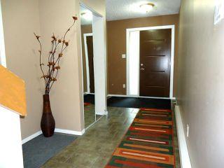 Photo 2: 10146 87 Avenue in Edmonton: Zone 15 Townhouse for sale : MLS®# E4174233