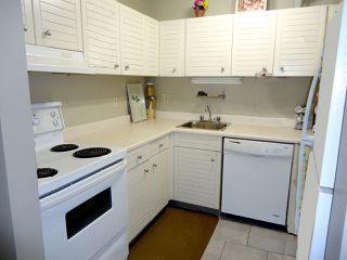 Photo 3: 10146 87 Avenue in Edmonton: Zone 15 Townhouse for sale : MLS®# E4174233