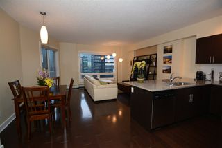Photo 1: 1602 10152 104 Street NW in Edmonton: Zone 12 Condo for sale : MLS®# E4174294