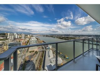 "Photo 16: 3201 908 QUAYSIDE Drive in New Westminster: Quay Condo for sale in ""RIVERSKY 1"" : MLS®# R2407738"