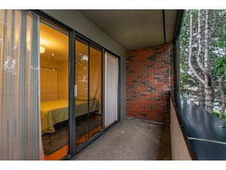 """Photo 15: 301 1554 GEORGE Street: White Rock Condo for sale in """"GEORGIAN"""" (South Surrey White Rock)  : MLS®# R2424857"""
