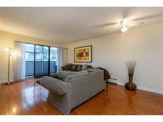 """Photo 10: 301 1554 GEORGE Street: White Rock Condo for sale in """"GEORGIAN"""" (South Surrey White Rock)  : MLS®# R2424857"""