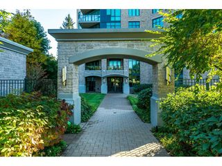 "Photo 4: 205 14824 NORTH BLUFF Road: White Rock Condo for sale in ""Belaire"" (South Surrey White Rock)  : MLS®# R2456173"