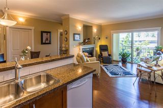 "Photo 13: 408 15368 17A Avenue in Surrey: King George Corridor Condo for sale in ""Ocean Wynde"" (South Surrey White Rock)  : MLS®# R2461064"