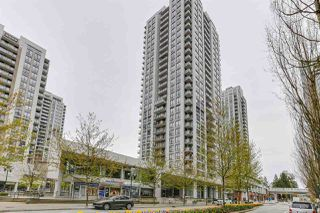 Photo 1: 601 2979 GLEN Drive in Coquitlam: North Coquitlam Condo for sale : MLS®# R2470622