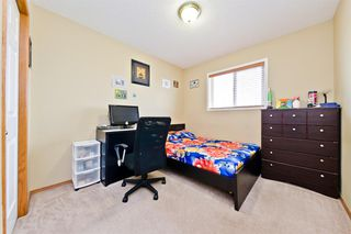 Photo 18: 120 MARTIN CROSSING Manor NE in Calgary: Martindale Detached for sale : MLS®# A1010354