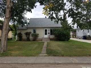 Photo 1: 341 2nd Avenue West in Unity: Residential for sale : MLS®# SK826543