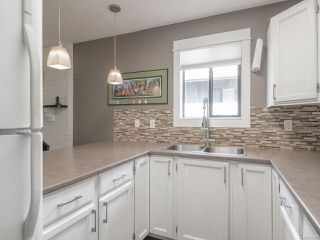 Photo 9: 30 211 Buttertubs Pl in : Na University District Row/Townhouse for sale (Nanaimo)  : MLS®# 857241