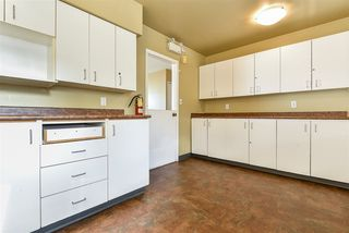 """Photo 13: 312 WELLS GRAY Place in New Westminster: The Heights NW House for sale in """"The Heights"""" : MLS®# R2506868"""