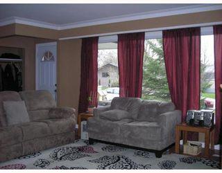 Photo 2: 32 MACAULAY Place in WINNIPEG: North Kildonan Residential for sale (North East Winnipeg)  : MLS®# 2920328