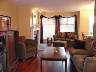 Photo 3: 894 Vernon Ave in Victoria: Residential for sale (205)  : MLS®# 270846