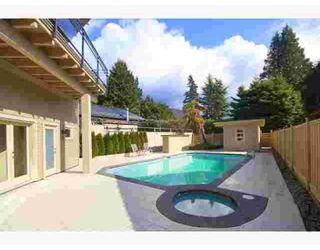 Photo 2: 4391 ERWIN DR in West Vancouver: House for sale
