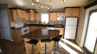 Photo 9: 208 Orum in Winnipeg: North Kildonan Residential for sale (North East Winnipeg)