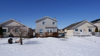 Photo 2: 208 Orum in Winnipeg: North Kildonan Residential for sale (North East Winnipeg)