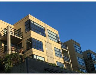 Photo 1: 407-124 West 3rd Street in North Vancouver: Lower Lonsdale Condo for sale : MLS®# V688395