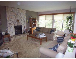 "Photo 2: 1084 SITKA Avenue in Port_Coquitlam: Lincoln Park PQ House for sale in ""LINCOLN PARK"" (Port Coquitlam)  : MLS®# V696001"