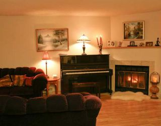 "Photo 2: 40 7400 MINORU Boulevard in Richmond: Brighouse South Townhouse for sale in ""MINORU ESTATES"" : MLS®# V716016"