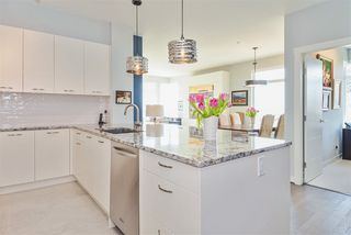 """Photo 6: 204 1333 WINTER Street: White Rock Condo for sale in """"Winter Street"""" (South Surrey White Rock)  : MLS®# R2386813"""