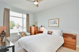 """Photo 16: 204 1333 WINTER Street: White Rock Condo for sale in """"Winter Street"""" (South Surrey White Rock)  : MLS®# R2386813"""