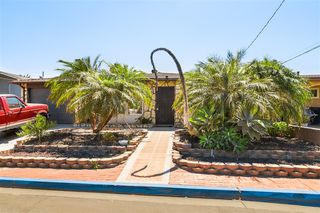 Main Photo: PARADISE HILLS House for sale : 3 bedrooms : 2990 Morningside St in San Diego