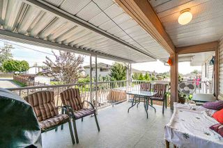 Photo 11: 9176 138 Street in Surrey: Bear Creek Green Timbers House for sale : MLS®# R2402252