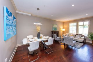 Photo 2: 5650 MAIN Street in Vancouver: Main 1/2 Duplex for sale (Vancouver East)  : MLS®# R2402480