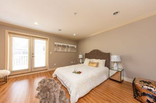 Photo 4: 5650 MAIN Street in Vancouver: Main 1/2 Duplex for sale (Vancouver East)  : MLS®# R2402480