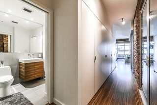 "Photo 3: 501 1228 HOMER Street in Vancouver: Yaletown Condo for sale in ""Ellison"" (Vancouver West)  : MLS®# R2404363"