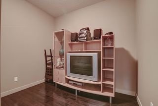 Photo 7: 925 ARMITAGE Court in Edmonton: Zone 56 House for sale : MLS®# E4173629