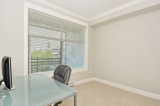 Photo 11: 301 15336 17A AVENUE in Surrey: King George Corridor Condo for sale (South Surrey White Rock)  : MLS®# R2386541