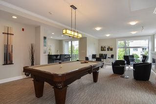 Photo 19: 301 15336 17A AVENUE in Surrey: King George Corridor Condo for sale (South Surrey White Rock)  : MLS®# R2386541
