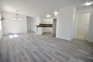 Photo 3: 8644 173 Avenue in Edmonton: Zone 28 House Half Duplex for sale : MLS®# E4177731