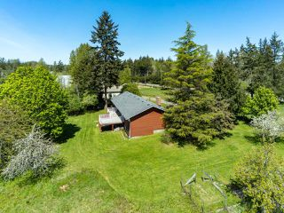 Photo 5: 6235 N Island Hwy in COURTENAY: CV Courtenay North House for sale (Comox Valley)  : MLS®# 833224