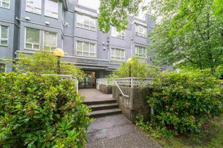 "Photo 2: 407 3 N GARDEN Drive in Vancouver: Hastings Condo for sale in ""GARDEN COURT"" (Vancouver East)  : MLS®# R2465830"