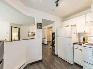 """Photo 15: 104 10188 155 Street in Surrey: Guildford Condo for sale in """"Sommerset"""" (North Surrey)  : MLS®# R2467680"""