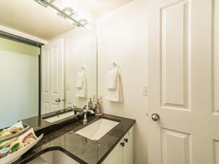 """Photo 22: 104 10188 155 Street in Surrey: Guildford Condo for sale in """"Sommerset"""" (North Surrey)  : MLS®# R2467680"""