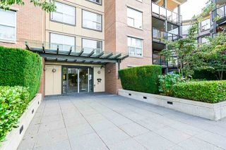 "Photo 10: 424 10707 139 Street in Surrey: Whalley Condo for sale in ""Aura 11"" (North Surrey)  : MLS®# R2479354"